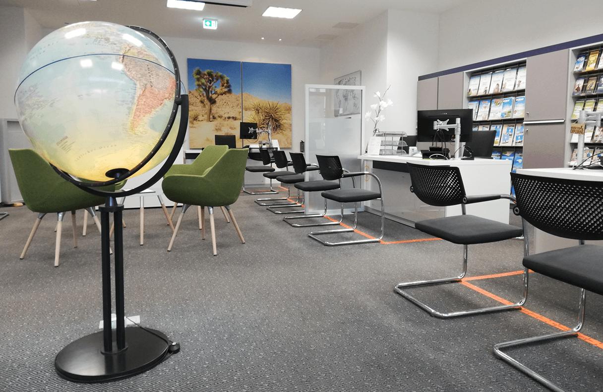 Reisebüro Reuter Halle Inneansicht 1