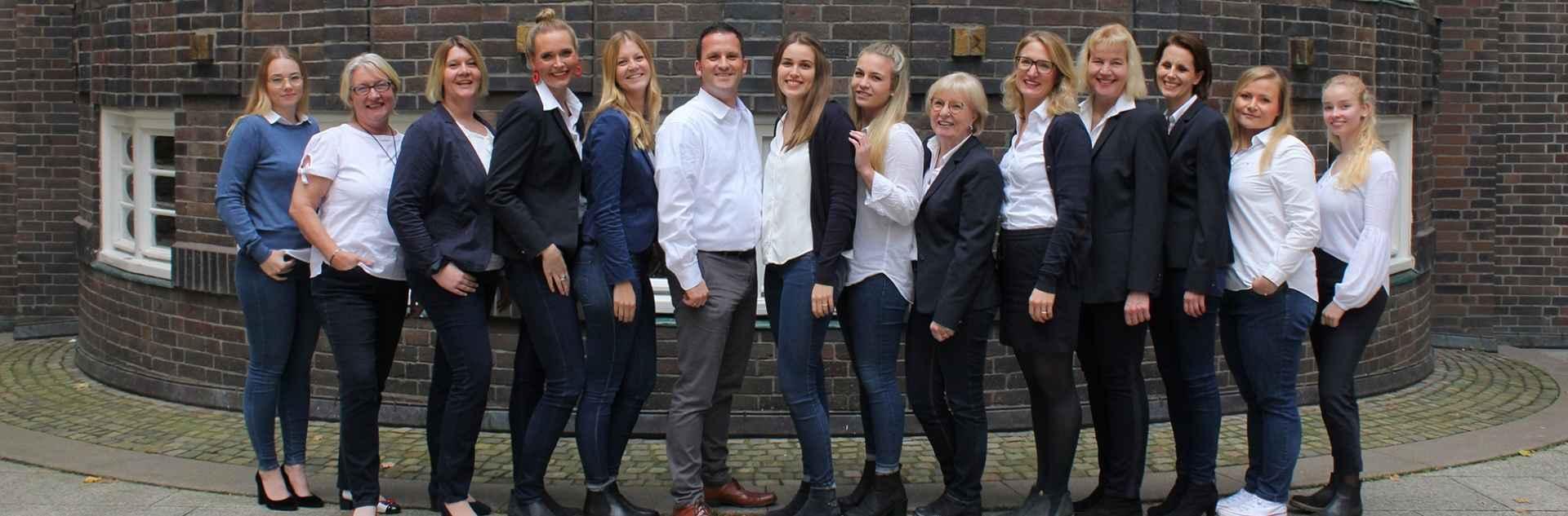 Hamburg Süd Reiseagentur Teamfoto Header