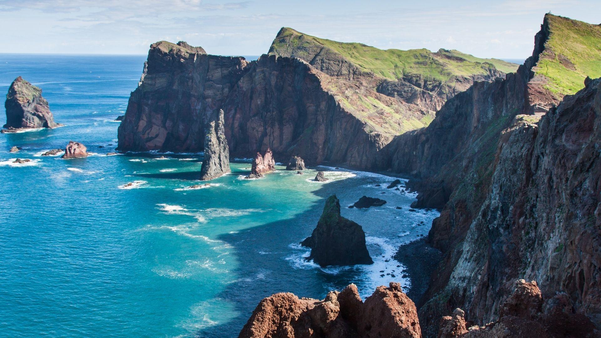 Küstenansicht aufs Meer auf Madeira