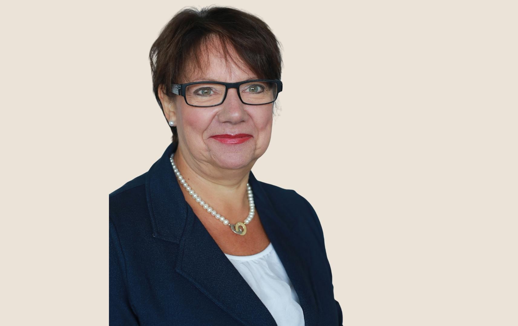 Ansprechpartnerin Gabi Bentfeld