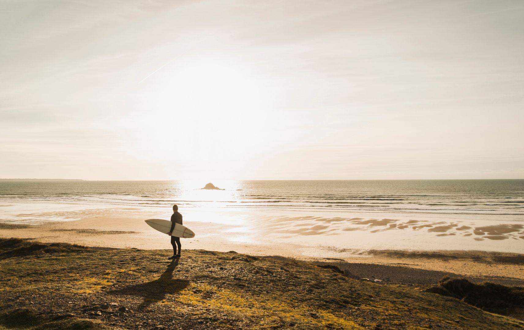 Frankreich Surfer am Strand