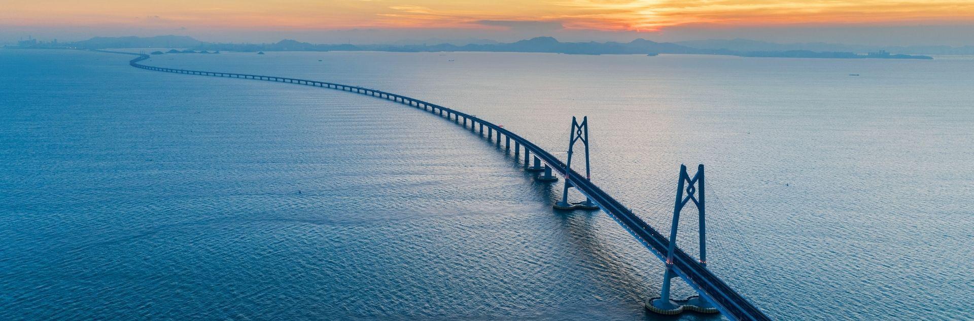 Mit Bridge-IT in die Zukunft - Brücke übers Meer