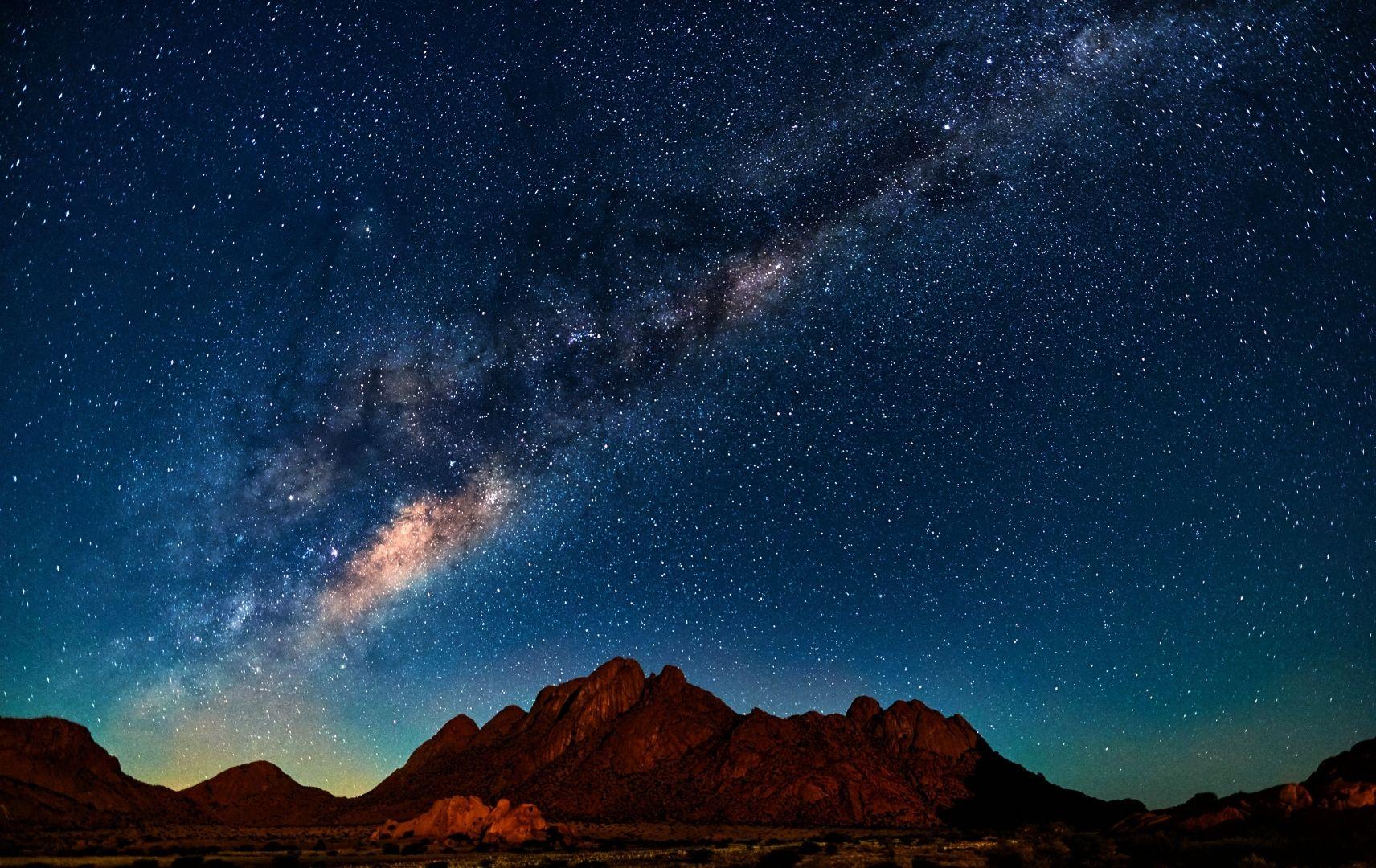 Milchstraße über Namibia