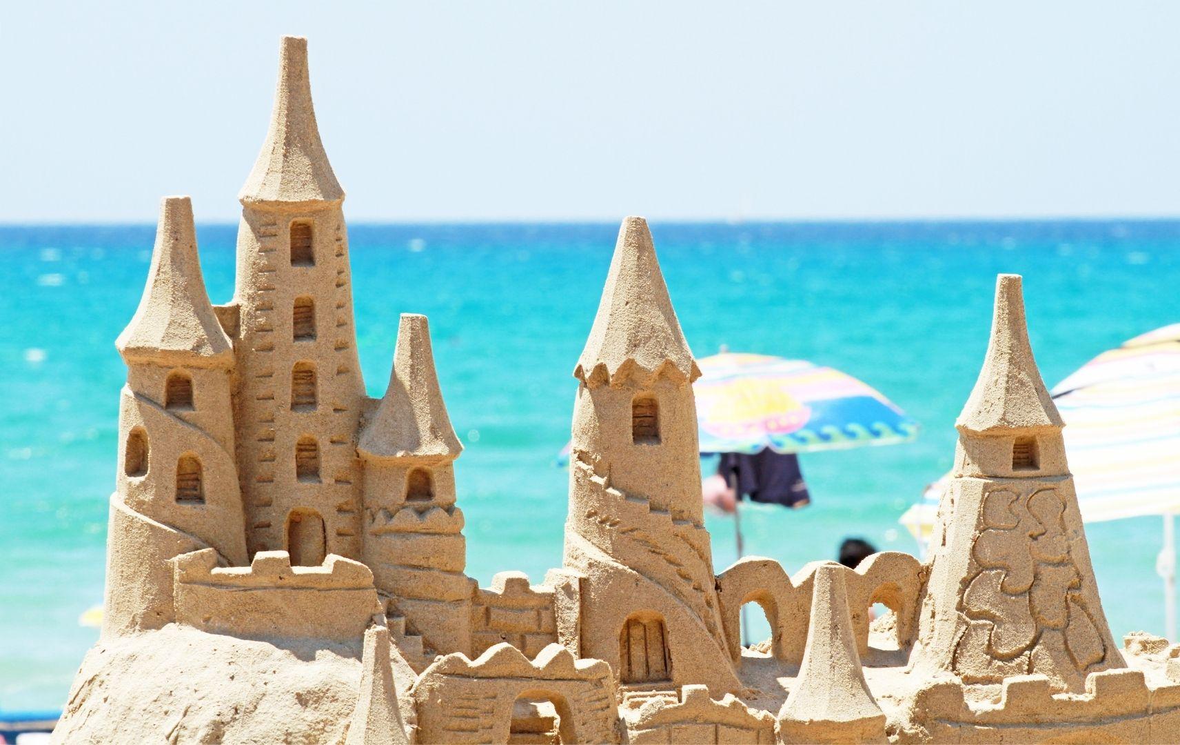 Strandspiel - Sandburg