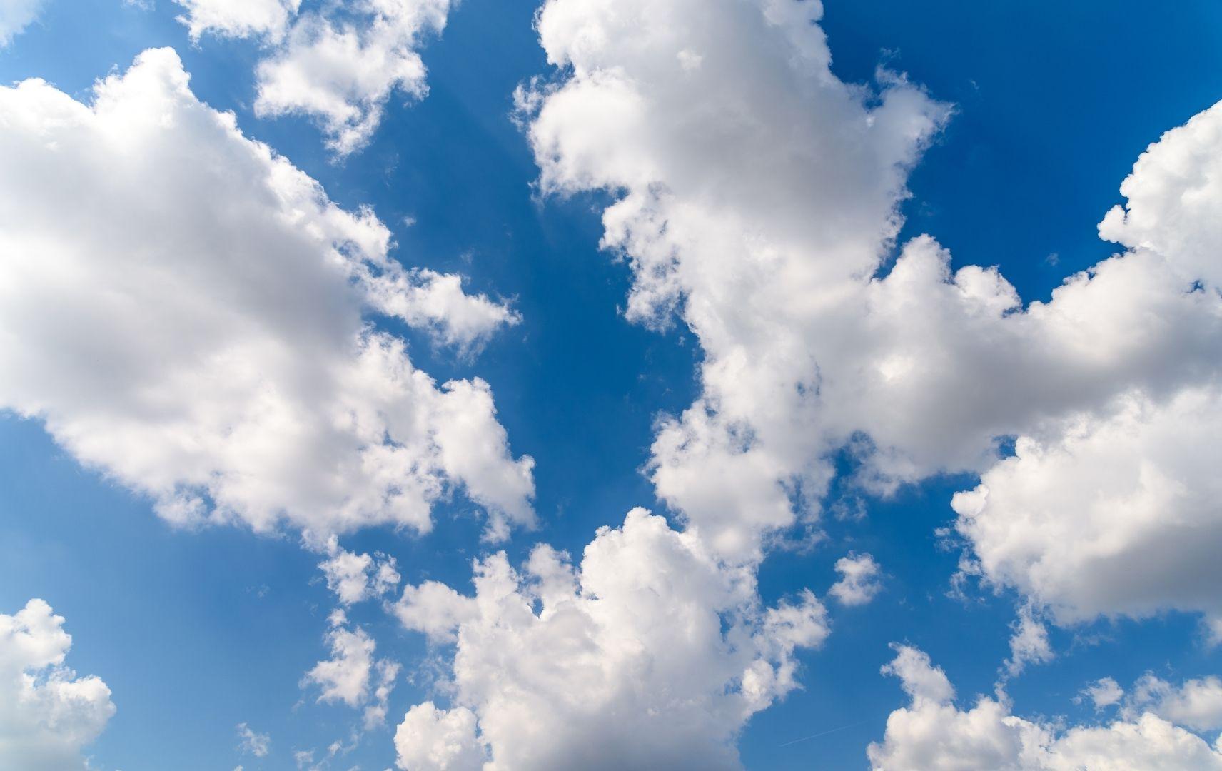 Strandspiel - Wolken