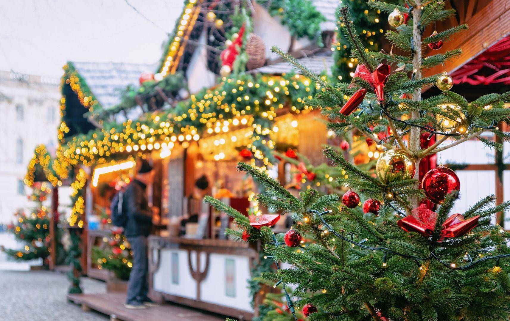 Weihnachten - Weihnachtsmarkt Hütte