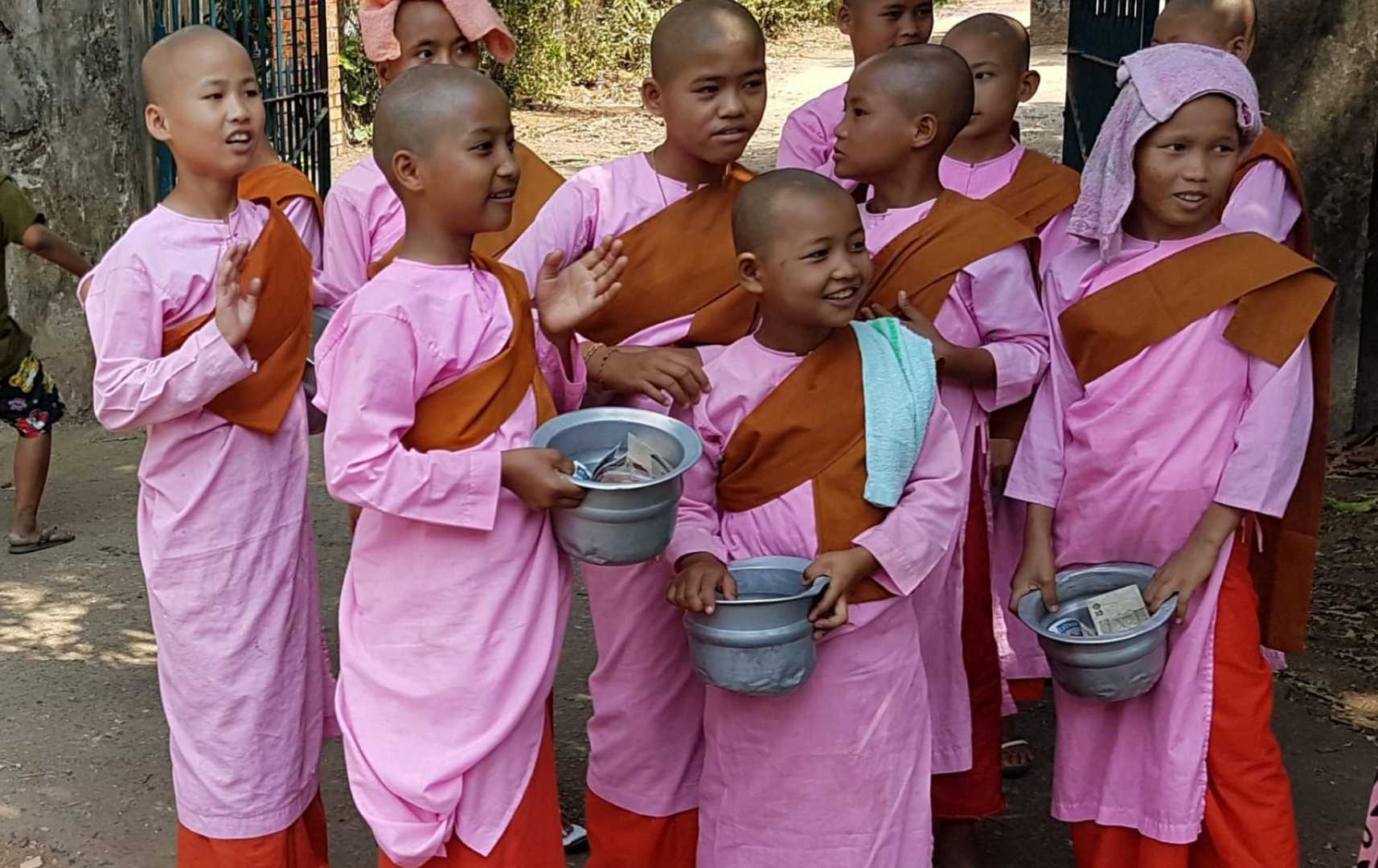 Kinder - Myanmar